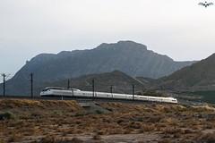 100 Duplex en Alicante (lagunadani) Tags: atardecer paisaje alicante ave duplex 100 montaa alstom tgv renfe altavelocidad 100012 sonya7
