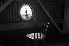 Zwischenstop (lichtflow.de) Tags: bw canon hamburg kirche sw aussicht rathaus turm stuhl sanktpetri eos5dmarkiii ef1635mmf40lisusm