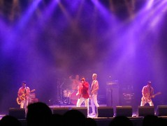 Me First and the Gimme Gimmes (lizard_stone) Tags: vienna wien me first gimme arena mefirstandthegimmegimmes gimmes