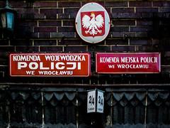 Wrocaw (isoglosse) Tags: sign poland polska schild polen sansserif wrocaw breslau znak kreska u00d3