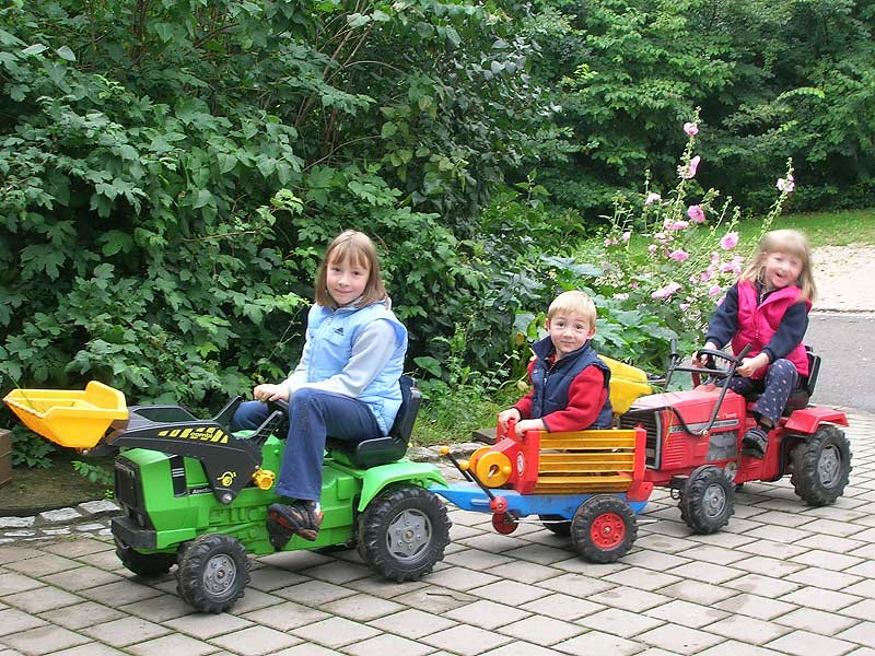 Kirschblütenhof - Kinderfahrzeuge