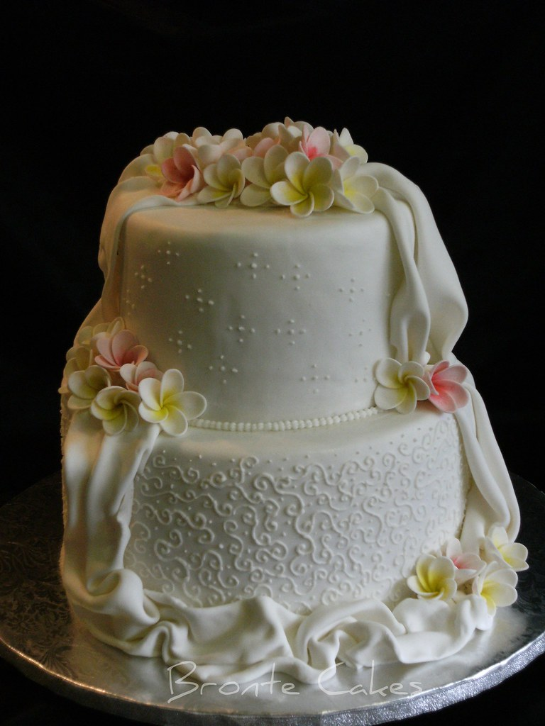 two little red hens wedding cake the world s best photos of cakes and frangipani flickr 21332