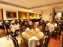 Restaurant (Travelive) Tags: india monument delhi tajmahal palace exotic pools celebrities fountains ambassador comfort princes royalty hospitality emperor lawns statesmen princeofwalesmuseum presidentialsuite amenities davidsassoonlibrary luxuryvacations indiahotels delhihotels luxuryhoneymoons graceandcharm tajclub moorishmughalarchitecture fariyashotelmumbai