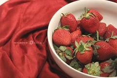 (Đ α l α l α l i) Tags: حلوه تصويري أبيض أحمر أخضر دلال زاويه فريز فروله