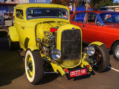 Yella Terra  - 32 Ford coupe