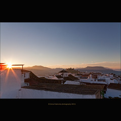 sunrise over Alora (stella-mia) Tags: sun sunrise spain explore lensflare andalusia morgen alora 2470mm whitehouses hightlight whitetown explored canon5dmkii annakrmcke morgenlight krmcke