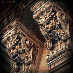 Sentinelles - Sentinels (Pep Iglesias) Tags: color architecture arquitectura nikon nikkor pep valència paísvalencià 2011 1685 d80 mygearandme inspiredchoice