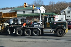 H&K Mack Superliner (granitefan713) Tags: hk tractortrailer lowboy macktruck heavyhaul heavyhauler macksuperling