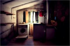 SAFAREIG OBLIDAT (Dani Morell) Tags: abandoned window casa haunted finestra washingmachine encantada abandonada abando rentadora abandonat safareig
