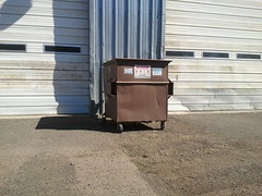 Rahn specialty 1yd dumpster (westcoaststeel) Tags: truck garbage can front burro pack half waste loader recycling mack heil rahn f4000 wittke specialy