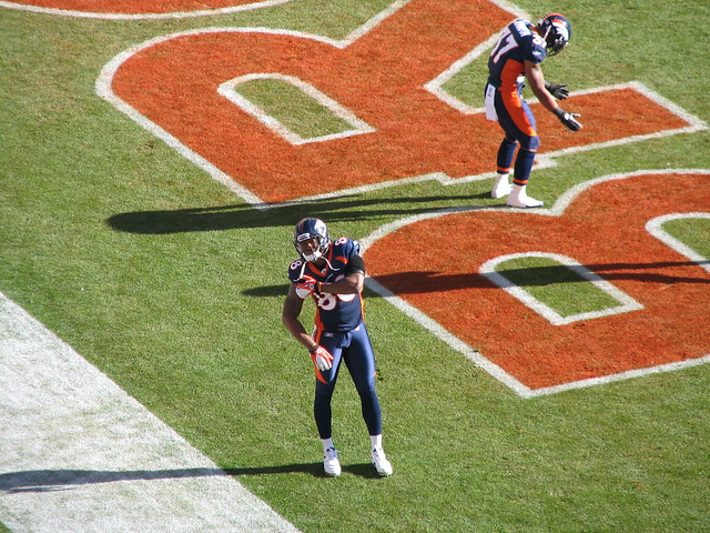 DEMARYIUS THOMAS Warming Up