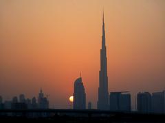 Dubai Sunset (Viictor B) Tags: