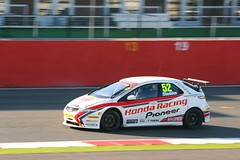 52 Gordon Shedden Honda Racing Team Honda Civic (Stu.G) Tags: uk england car race canon honda eos is championship team october unitedkingdom united free kingdom racing silverstone gordon civic british motor practice usm 70300mm ef touring motorracing 52 motorsport btcc autosport hondacivic touringcar carracing 2011 autorace touringcars britishtouringcarchampionship f456 shedden gordonshedden britishmotorsport canonef70300mmf456isusm 400d hondaracingteam canoneos400d freepractice october2011 btcc2011 hondaracingteamhondacivic 15oct11 15thoctober2011 52gordonsheddenhondaracingteamhondacivic