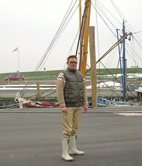 Daunenweste (Nordsee2011) Tags: nature leather outfit pants boots natur down clothes jeans jacket rubberboots gummistiefel lederhose kleidung stiefel daunenjacke lederkleidung lederjeans daunenweste