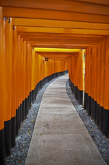 fushimi inari jinja (LPstyle) Tags: camera old trip travel shadow orange japan temple photography japanese ancient nikon kyoto asia path capital religion culture monk tunnel tourist east nippon nikkor shinto kansai far gravel pilgrim monastry 1424 dblringexcellence tplringexcellence eltringexcellence thisphotoisyatbsgroupwinner