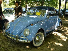 VW Cox cabriolet (kity54) Tags: auto old blue classic cars car vw automobile du voiture coche cox older bleue ancienne ancien lent 24h  vhicule  voituresanciennes  worldcars coxinelle