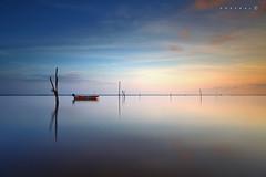 Calm (SHAZRAL) Tags: sunrise canon eos exposure mark malaysia l 5d 1740mm f4 kelantan tumpat iief filters9 azralfikri shazral usmlee softgndlong