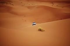 Merzouga Dunes (Trotaparamos) Tags: sahara desert 4x4 pentax dunes morocco merzouga k50 pentaxdal1855mmwr trotaparamos aventura4x4marruecoscom
