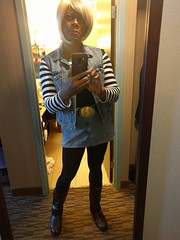 Android 18 Selfie (blueZhift) Tags: anime comics costume illinois cosplay manga rosemont videogames convention dragonballz acen selfie 2016 dbz animecentral crossplay android18