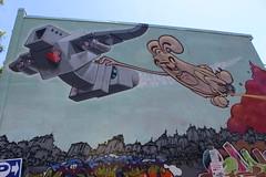 LoveBot & Poser ABM (jmaxtours) Tags: lovebotposerabm lovebot poserabm kensington kensingtonmarkettoronto kensingtonmarket toronto torontoontario streetart mural streetarttoronto torontostreetart rabbit robot matthewdeldegan