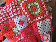 Joining squares (*Mirre*) Tags: handmade crochet ufo blanket grannysquares kisskus