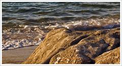La orilla (Rodion Quidam (OFF for a while, this is awful)) Tags: sea costa water rock mar sand agua warmth arena galicia shore foam roca orilla espuma marn portocelo radepontevedra calidez