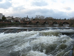 The Caul, at the river Nith, Dumfries (Yunker1) Tags: whitesands weir dumfries caul rivernith yahoo:yourpictures=waterv2