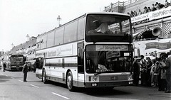 NT 1 Newton's Fast-Class New VanHool Astron (ronnie.cameron2009) Tags: travel coach passengers publictransport coaches psv pcv bustravel coachjourney coachtravel passengertransport newtonstravel newtonscoaches passengertravel vanhoolastron newtonssdingwall