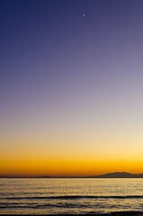 Le Canigou, la lune et les oiseaux (jeanmichelchuiche) Tags: sunset sea mer moon france lune viasplage canigou sunsetatviasplage hé́rault
