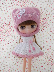 New Set for Middie Blythe (Leshan1) Tags: hat crochet leshan feltedhat dolldress middieblythe leshancrochet