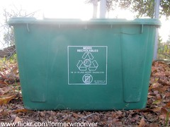 "Orange County Recycling Bin - ""Mixed Recyclables"" (FormerWMDriver) Tags: florida bin container orangecounty recycle recycling crate curbside rehrig mixedrecyclables"
