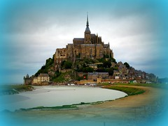 Mont Saint Michel (ToJoLa) Tags: summer sky france water abbey canon vakantie zomer normandie frankrijk lucht isle vacance eiland abdij 2011 mygearandme mygearandmepremium mygearandmebronze