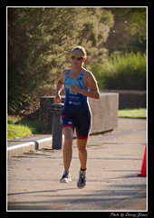 Newcastle Foreshore Triathlon - 05-02-2012_0021-Framed (DoctorJ73) Tags: water bike club swim canon newcastle eos james athletic run 7d danny hunter triathlon foreshore