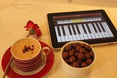 معزوفتي الحزينه !! (ghada hamad) Tags: maltesers معزوفة بيانو مالتيزر