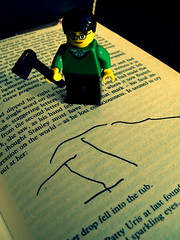 Stephen King: Hack Writer (closer angle) (Pickman's Paintbrush) Tags: macro book lego books writers writer minifigs stephenking authors testshot legography legoauthor legoauthors legowriters legowriter