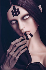 Demon (Labeula) Tags: black stripes hound sd demon bjd dollfie lowkey grown gain theclassic asianballjointeddoll milkyeyes ringdoll creapyhand