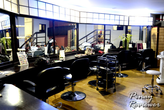 rO2 Beauty and Wellness Center's Salon area