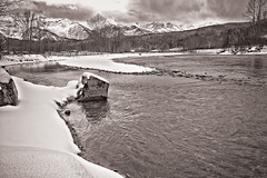Elk River (Ian McKenzie) Tags: winter blackandwhite snow water river britishcolumbia sony hdr lightroom fernie elkriver tamron2875 a850 topazdenoise ianmckenziephotography silverefexpro2