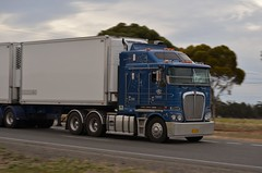 DRT K200 (quarterdeck888) Tags: highway flickr grain trucks trailers roadtrain drt kenworth grays tippers quarterdeck newellhighway k200 bdouble k104 t908 damorage bigcab