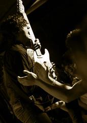 dorian fin de gira (_tonidelong) Tags: barcelona show bw españa music white black byn blanco monochrome concert spain y guitar live concierto guitarra negro performance pop valladolid leon musica indie porta marc gira caeli dorian directo castilla finde actuación