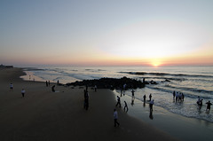 dawn, hasidim (nosha) Tags: ocean new sea usa beach beautiful beauty newjersey grove nj atlantic shore jersey monmouth monmouthcounty jerseyshore lightroom oceangrove 2011 oceangrovenj nosha 1116mmf28 nikond7000