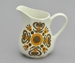 A little Jessie Tait rarity (robmcrorie) Tags: ceramic liberty design pot stonehenge stokeontrent pottery 1970s staffordshire stoke fresco midwinter potteries meakin jessietait