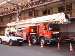 90m (Pedro PHP) Tags: del truck fire platform fuoco pompiers vigili