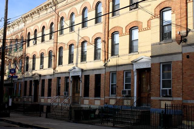 Putnam Avenue