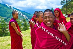 Bhutan Life (transcendentant) Tags: happy bhutan natural candid buddhist traditional monks casual dzong tranquil himalayas timeless unspoiled informal grossnationalhappiness childmonks