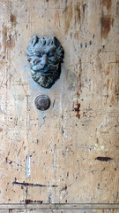 albenga door P1150230 (mansionmedia simon knight) Tags: italy italia albenga simonknight mansionmedia