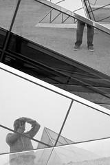 (Vitor S Photo) Tags: selfportrait lines linhas photography photo blackwhite geometry autoretrato fotografia geometria pretobranco