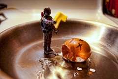 71/365 aka Boba Fett Slays the Egg (Bradley Nash Burgess) Tags: food toy toys actionfigure starwars nikon egg eat bobafett boba 365 empirestrikesback returnofthejedi fett bountyhunter mandalorian playwithyourfood playingwithyourfood nom nomnomnom project365 d80 nikond80 365prjoect