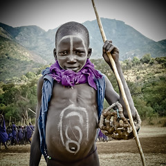 vull ser lluitador (hamerscat) Tags: ethiopia surma donga