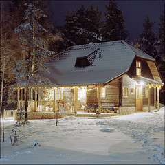 || || (OverdeaR [donkey's talking monkey's nodding]) Tags: wood xmas trees winter house mountain snow tree 120 6x6 f